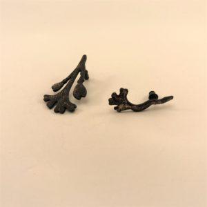 (Orecchini Alga lavorazione polvere di diamante) ottone placcato nero notte (144)