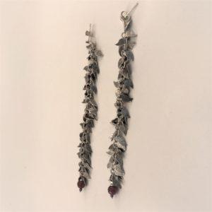 (Orecchino Foglòie lunghi) rame placcato vecchio argento con agata rossa (108)